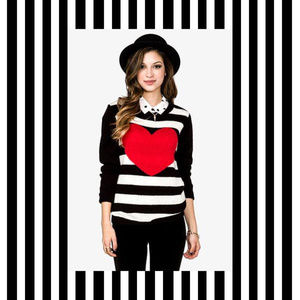 NWOT Forever 21 Striped Heart Sweater
